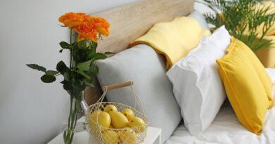Taglia un limone e mettilo sul comodino prima di dormire: il motivo ti lascerà a bocca aperta