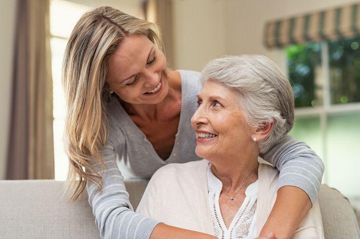 Passare il tempo con la mamma allunga la sua vita lo dice la scienza