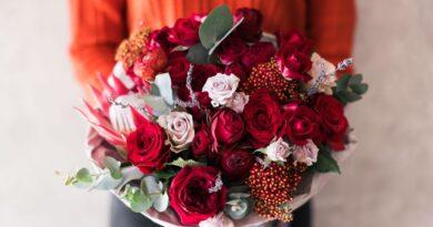 Riceve dei fiori dal marito morto: il suo amore dimostrato oltre la morte