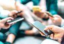 L'allarme di Striscia la Notizia: i nostri smartphone ci spiano e ci ascoltano
